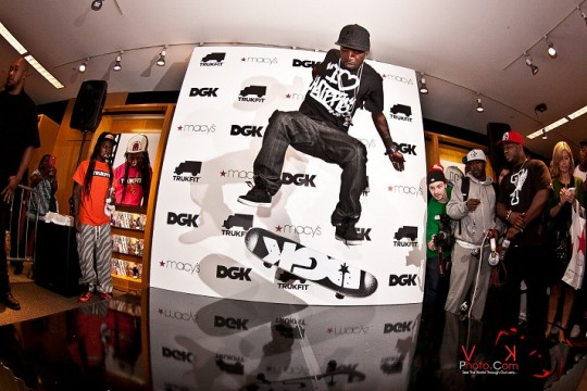 High Flying Stevie 540x360 - Event Recap: Stevie Williams & Lil' Wayne Unveil New Clothing Lines