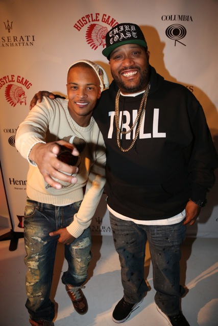 bunb - T.I. Celebrates Launch of #Book of Kings Vol. 1 @troubleman13 @akooclothing @abookofkings