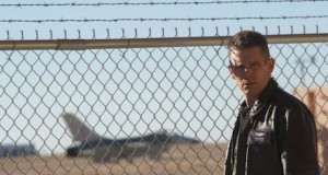 file 122772 0 Good Kill Bar 640 300x160 - Good Kill trailer #EthanHawke #ZoeKravitz @JanuaryJones