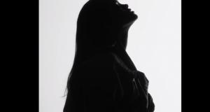 Rihanna Kanye West Paul McCartney FourFiveSeconds Video 1 2015 02 03 15 05 26 300x160 - Rihanna And Kanye West And Paul McCartney - FourFiveSeconds @Rihanna @KanyeWest @PaulMcCartney @inezandvinoodh