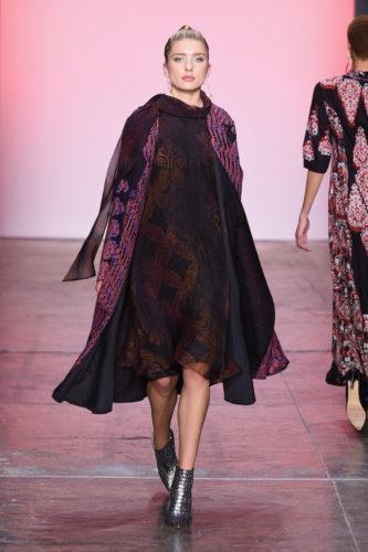 1095059860 333x500 - Indonesian Diversity #NYFW #FW2019 @Alleiraplazacom @dianpelangi @itangsz_fashion #indiefashion