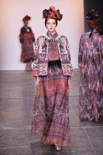 1095060234 333x500 - Indonesian Diversity #NYFW #FW2019 @Alleiraplazacom @dianpelangi @itangsz_fashion #indiefashion