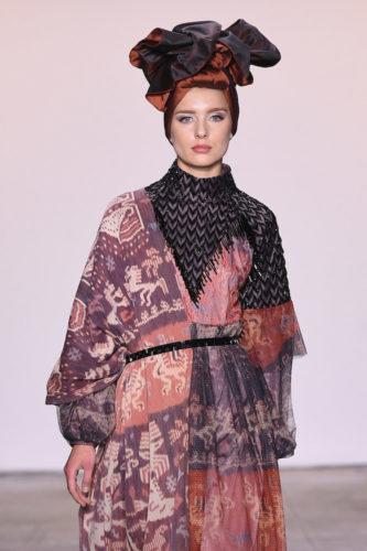 1095060254 333x500 - Indonesian Diversity #NYFW #FW2019 @Alleiraplazacom @dianpelangi @itangsz_fashion #indiefashion