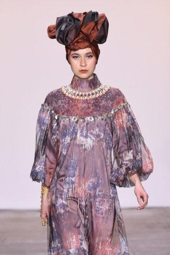1095060280 333x500 - Indonesian Diversity #NYFW #FW2019 @Alleiraplazacom @dianpelangi @itangsz_fashion #indiefashion