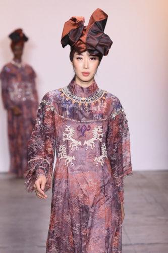 1095060308 333x500 - Indonesian Diversity #NYFW #FW2019 @Alleiraplazacom @dianpelangi @itangsz_fashion #indiefashion
