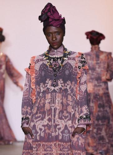 1095060310 363x500 - Indonesian Diversity #NYFW #FW2019 @Alleiraplazacom @dianpelangi @itangsz_fashion #indiefashion