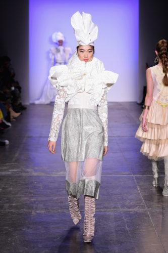 1095060560 333x500 - Indonesian Diversity #NYFW #FW2019 @Alleiraplazacom @dianpelangi @itangsz_fashion #indiefashion