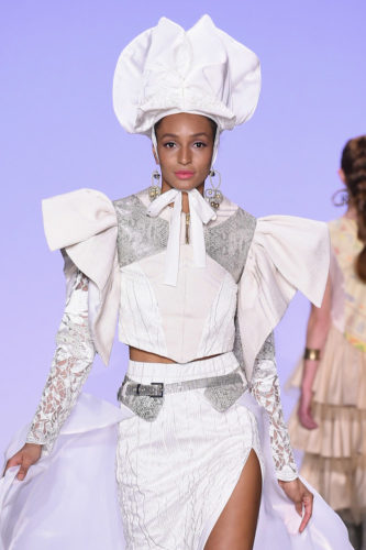 1095063408 333x500 - Indonesian Diversity #NYFW #FW2019 @Alleiraplazacom @dianpelangi @itangsz_fashion #indiefashion