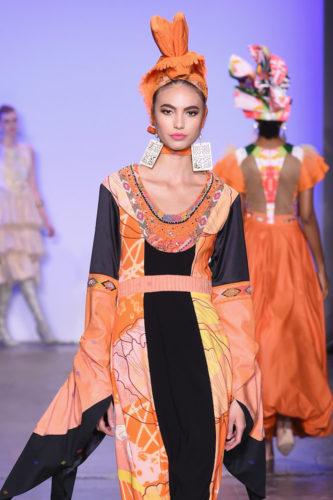 1095063452 333x500 - Indonesian Diversity #NYFW #FW2019 @Alleiraplazacom @dianpelangi @itangsz_fashion #indiefashion