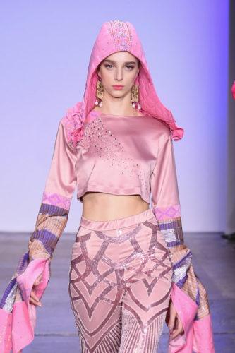 1095063470 333x500 - Indonesian Diversity #NYFW #FW2019 @Alleiraplazacom @dianpelangi @itangsz_fashion #indiefashion