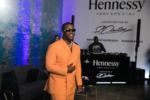 Hennessy V.S NYC Launch Event 2 500x334 - Hennessy V.S Limited Edition release by Felipe Pantone and A$AP Ferg @hennessyus @asapferg #felipepantone