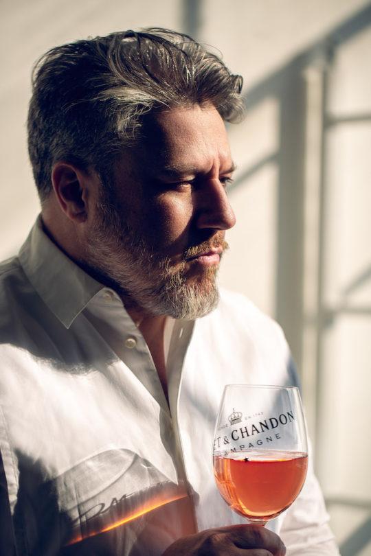 Jonathan Mannion with NIRO Close Up 2  540x810 - Feature: Jonathan Mannion Interview Moët & Chandon New Campaign/Bottle Launch @LaQuanSmith @MoetUSA @JonathanMannion #NectaroftheCulture