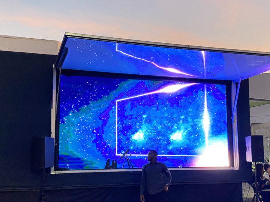 Art on OLED 2 540x405 - Event Recap: Spectrum Miami and Red Dot Miami 2019 @reddotmiamiart @SpectrumMiami #MiamiArtWeek