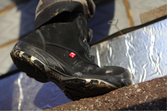 st2 540x360 - How Much Weight Can a Submarine Steel Toe Boots Take