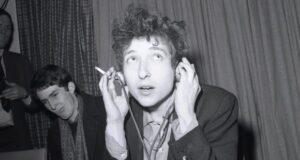 Bob Dylan 300x160 - The World of Bob Dylan Edited by Sean Latham