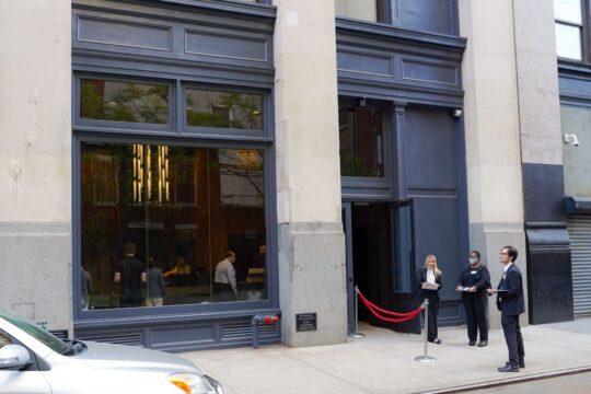 60c21d0e41eeb 540x360 - Renaissance Properties & Leasing Team Showcase New Lobby at 166 Crosby as #NYC Reopens @lawlormedia