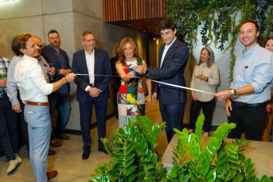 60c21f42ec9d2 540x360 - Renaissance Properties & Leasing Team Showcase New Lobby at 166 Crosby as #NYC Reopens @lawlormedia
