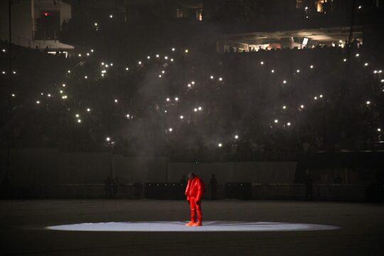 KM0 9851 1440dec3 347d 49a3 9dcc c7973dbd0619 540x360 - Kanye West unveiled his tenth solo studio album DONDA at Atlanta listening event