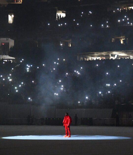 KM0 9854 3b5ef101 b650 4357 9c34 2d3d20f9cd0c 540x630 - Kanye West unveiled his tenth solo studio album DONDA at Atlanta listening event