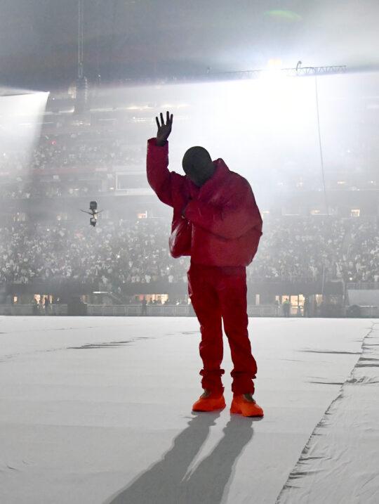 KM0 9960 2254dfea 3539 4945 a226 4f2e94e15c2f 540x717 - Kanye West unveiled his tenth solo studio album DONDA at Atlanta listening event