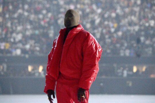 KMM 3919 44c120d2 ea8d 48e4 91c4 64e974d42e4b 540x359 - Kanye West unveiled his tenth solo studio album DONDA at Atlanta listening event